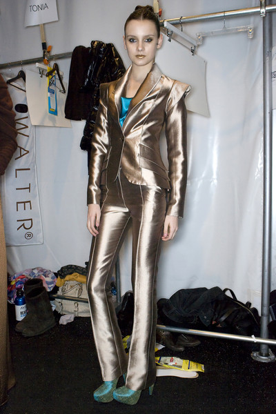 Christian Siriano Fall 2009 - Backstage
