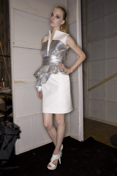 Dice Kayek Spring 2009 - Backstage