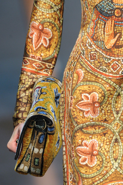 Dolce & Gabbana at Milan Fall 2013 (Details)