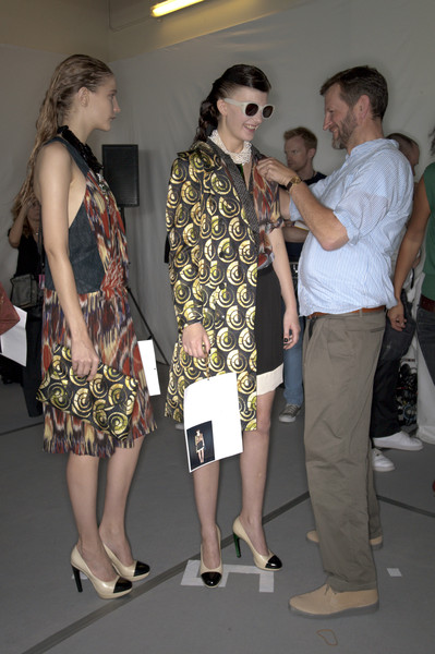 Dries Van Noten Spring 2010 - Backstage