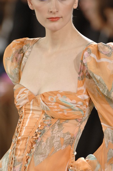 Emanuel Ungaro at Paris Spring 2007 (Details)