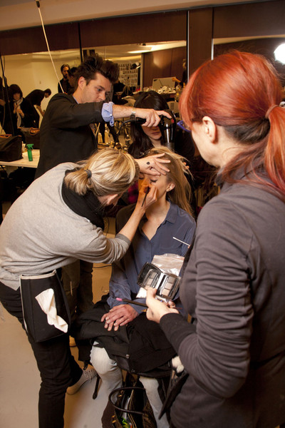 Gianfranco Ferré at Milan Fall 2011 (Backstage)