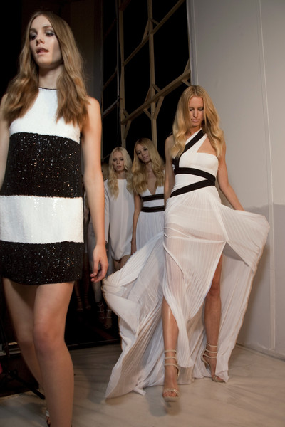 Gianfranco Ferré Spring 2011 - Backstage