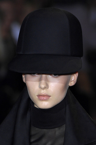 Givenchy Fall 2007 - Details