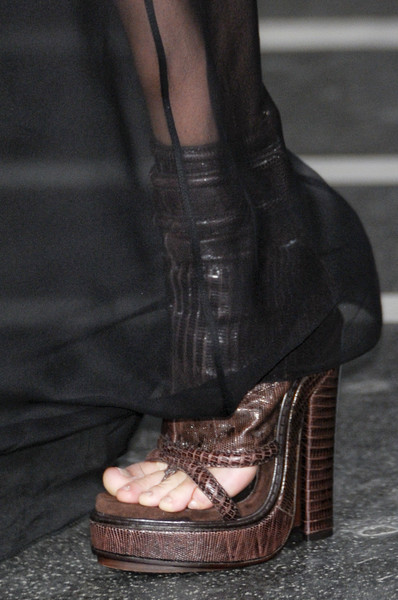 Givenchy Spring 2011 - Details