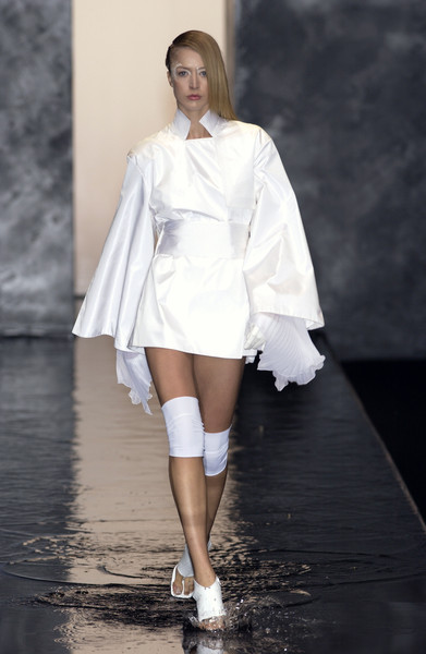 Guy Laroche at Paris Spring 2002