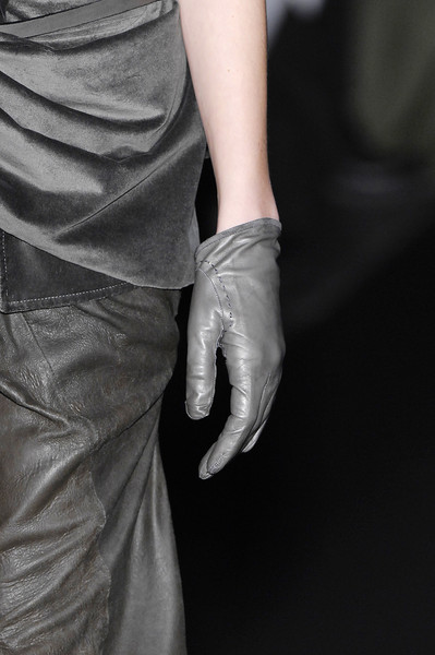 Haider Ackermann Fall 2007 - Details