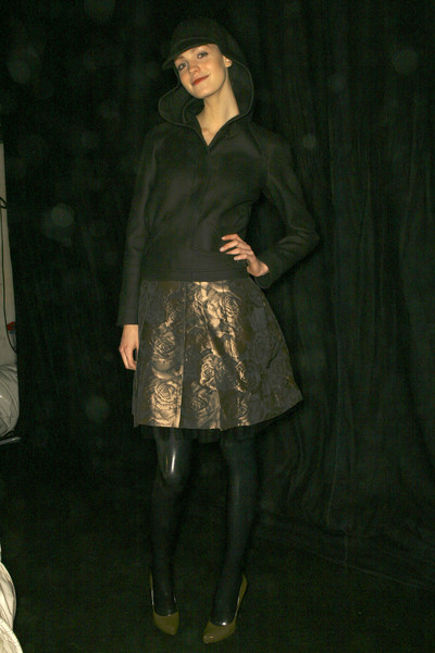Hussein Chalayan Fall 2007 - Backstage