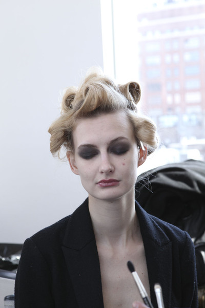 Imitation Fall 2011 - Backstage