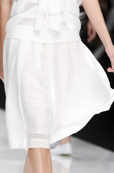 Jasper Conran at London Spring 2011 (Details)
