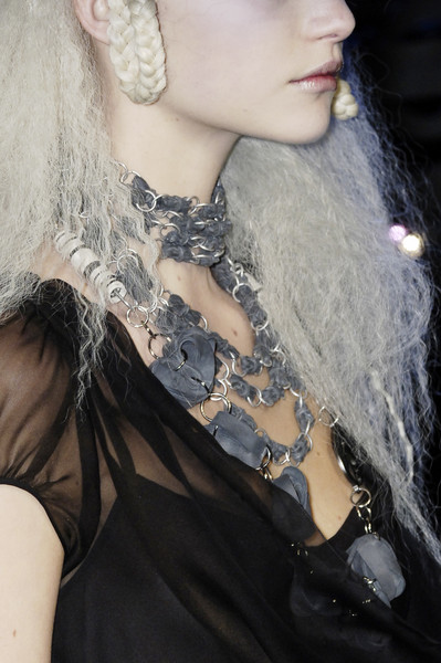 John Galliano Fall 2006 - Details
