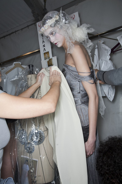 John Galliano Fall 2009 - Backstage