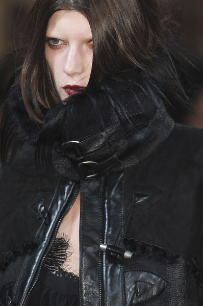Julien Macdonald Fall 2011 - Details