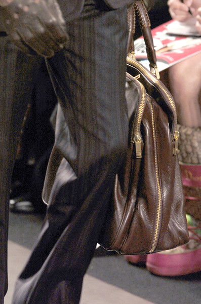 Kenneth Cole New York Fall 2005 - Details