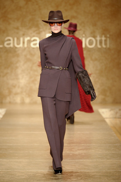 Laura Biagiotti Fall 2011