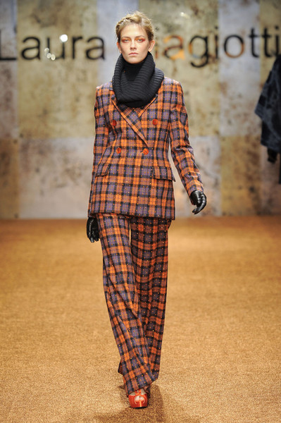 Laura Biagiotti Fall 2012