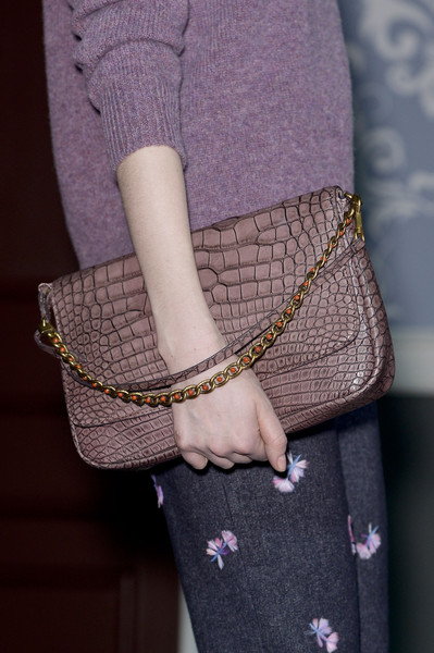 http://www1.pictures.stylebistro.com/it/Louis+Vuitton+Fall+2013+Details+cTmQwoCE08ll.jpg