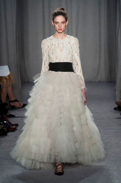 http://www1.pictures.stylebistro.com/it/Marchesa+Fall+2014+2rSfs6QBOgJl.jpg