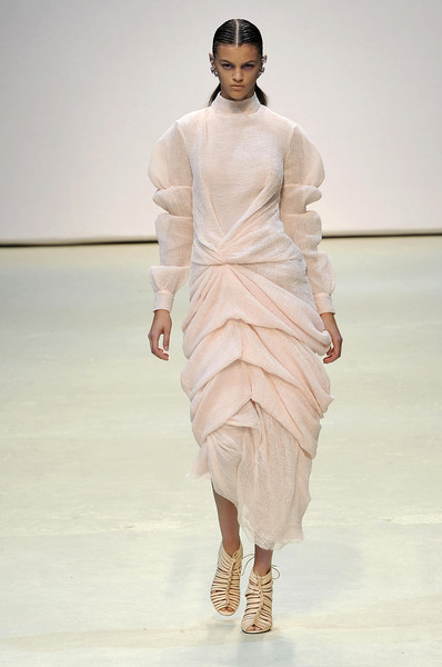 Marios Schwab at London Spring 2010