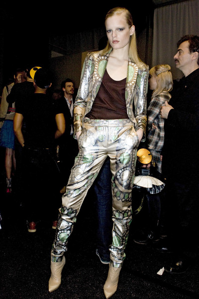 Matthew Williamson at New York Fall 2009 (Backstage)