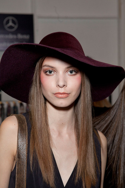 Nicole Miller Fall 2012 - Backstage