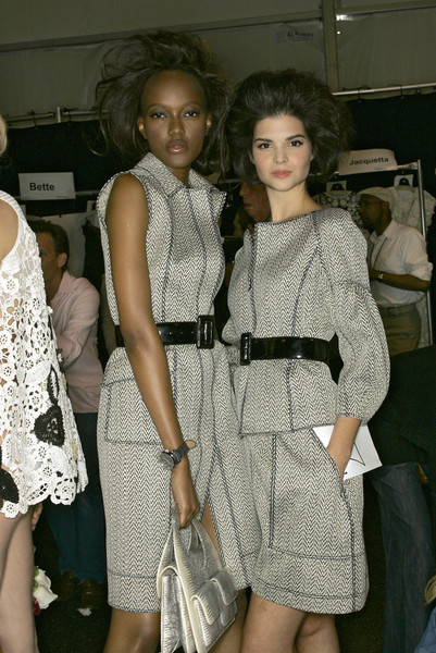 Oscar de la Renta at New York Spring 2007 (Backstage)