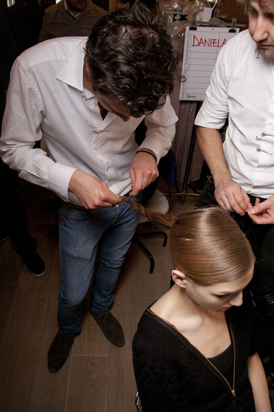 Paola Frani Fall 2011 - Backstage