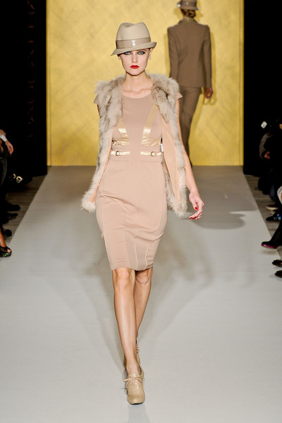 Paola Frani at Milan Fall 2012