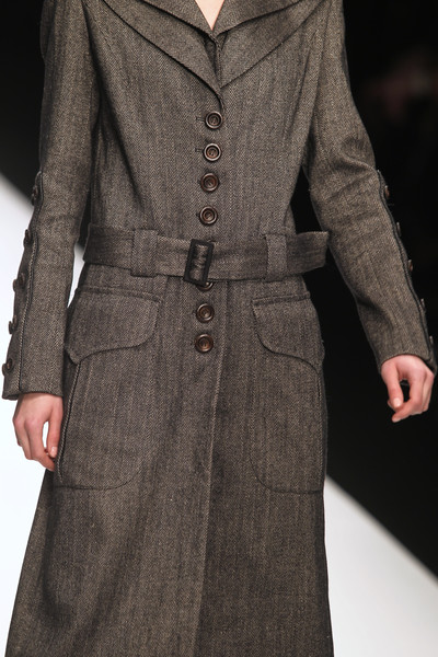 Paul Costelloe Fall 2010 - Details
