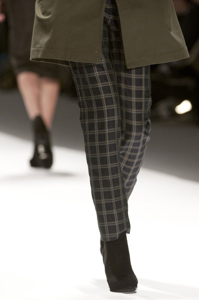 Richard Chai Love Fall 2013 - Details
