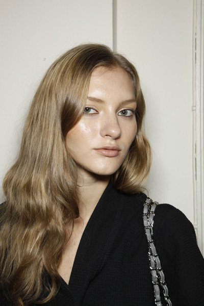Roksanda Ilincic at London Spring 2012 (Backstage)