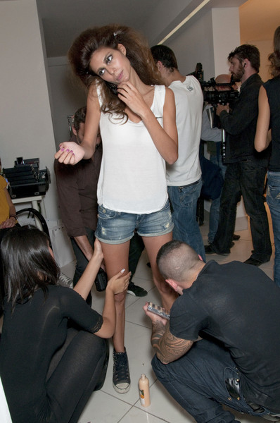 Seduzioni Diamonds Valeria Marini Spring 2011 - Backstage