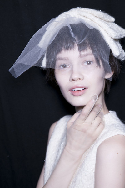 Simone Rocha Fall 2013 - Backstage