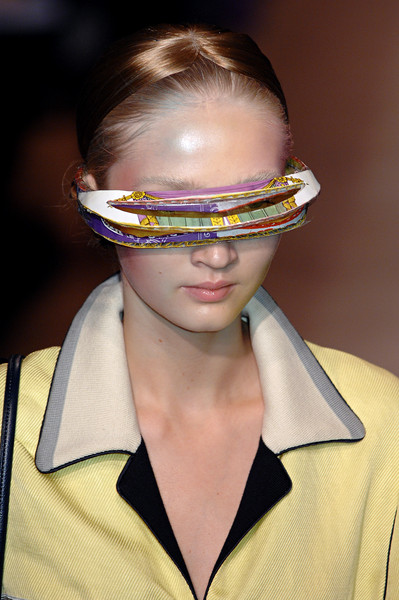 Undercover at Paris Spring 2008 (Details)