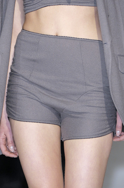 Van Steenbergen at Paris Fall 2010 (Details)