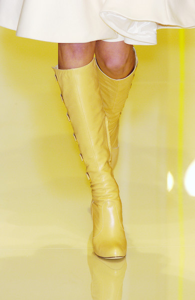 Versace at Milan Fall 2005 (Details)