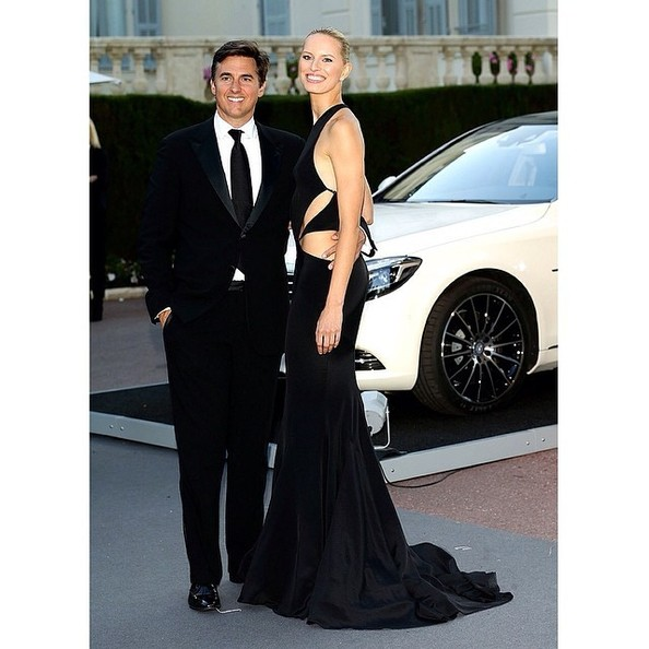 Karolina Kurkova Throws Us Back to Chic Black