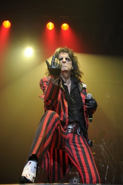 Alice Cooper Wore Plaid Golf Pants, We Freaked Out