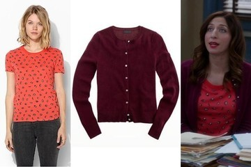 Chelsea Peretti's Print T-Shirt and Burgundy Cardigan on 'Brooklyn Nine-Nine'