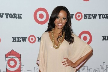 Selita Ebanks Takes Style Cues from 'The City'