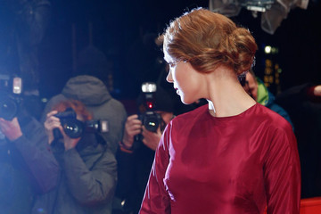 Hair Envy of the Day: Lea Seydoux's Finger Wave-Inspired Chignon