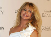 Glamorous Holiday Gifts for the Goldie Hawn Gal