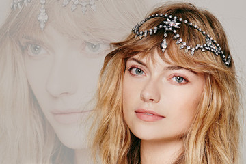 Glitzy Hair Accessories For A Glam Night Out