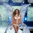 2006—Ana Beatriz Barros Looks Ethereal in Crystal Wings