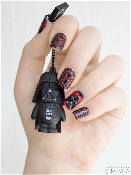 Welcome To The Dark Side 20 Amazing Star Wars Themed Nail Art