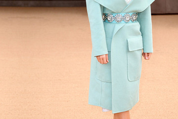 Easy Outfit Upgrade: Belt Your Coat