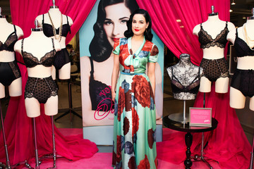 Dita Von Teese Delivers Her Glam Style to New Moms