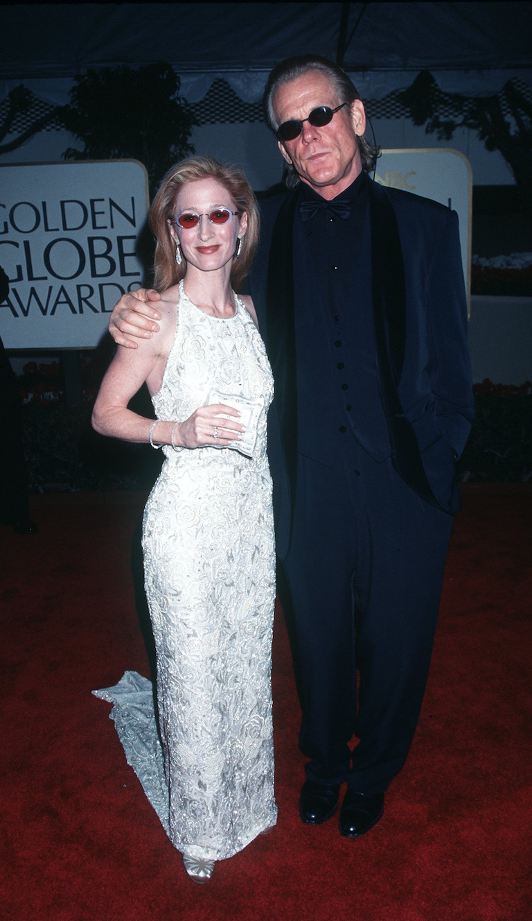 Vicki Lewis 1999 This Is What The Golden Globes Looked