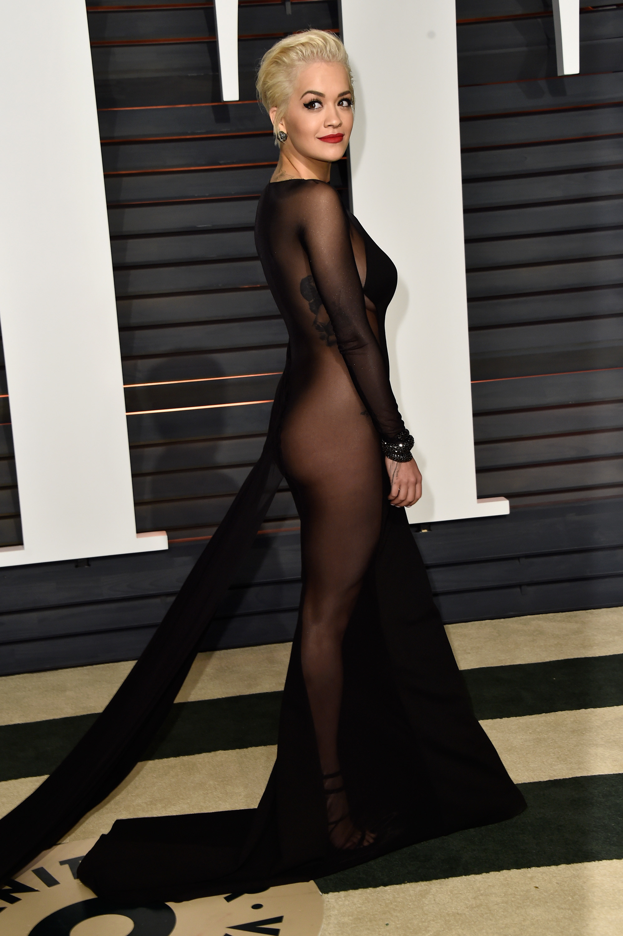 c83939d8994 We Never Expected to See This Oscars Trend - Celebrity Style - Livingly