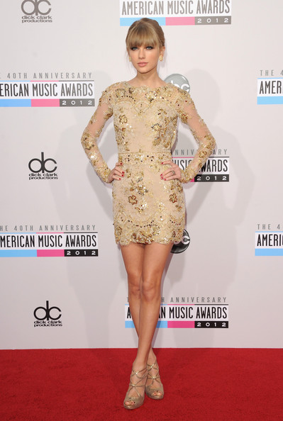 Stunning Photos of Taylor Swift in a Sheer Gold Lace Mini-Dress at the 2012 AMAs